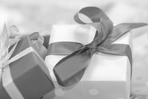gift-553150_1280